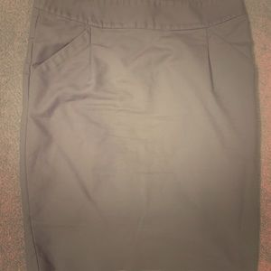 Ann Taylor tan pencil skirt *perfect for work!*